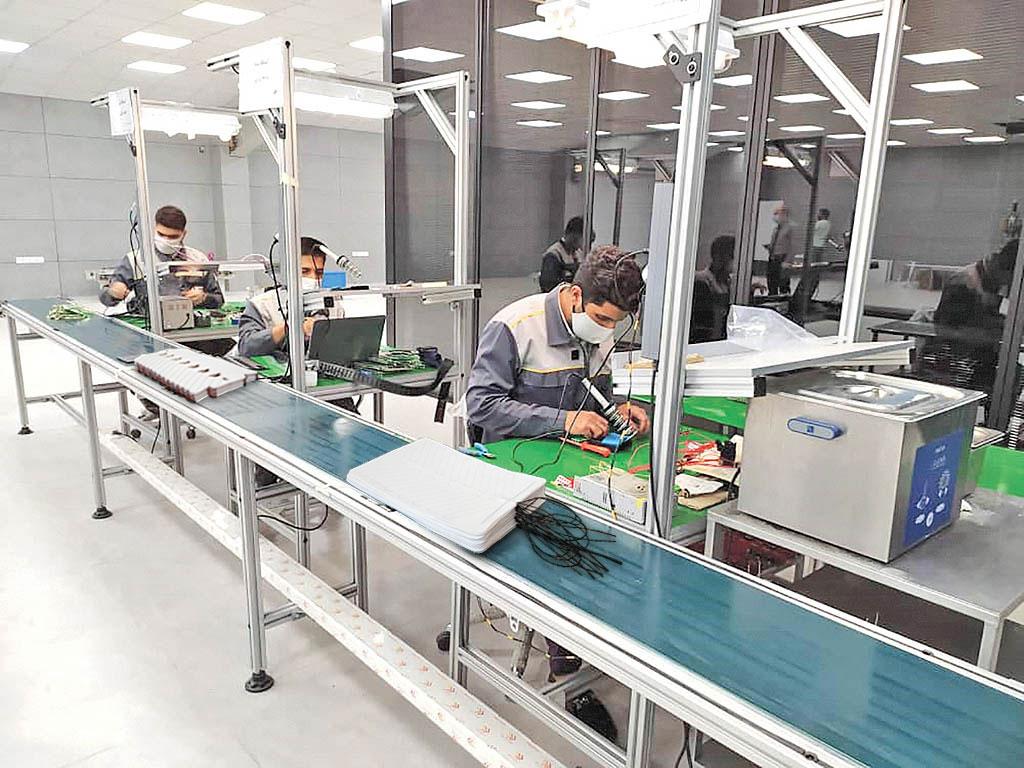 خط تولید پد گرمکن صندلی در پارک علم و فناوری همدان